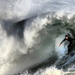 Música surf: 5 álbuns que navegaram entre as ondas