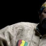 """Kussondulola: """"O papel do reggae é fazer música para ajudar os outros"""""""