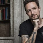 O punk folk popular de Frank Turner